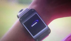 Samsung galaxy gear de face